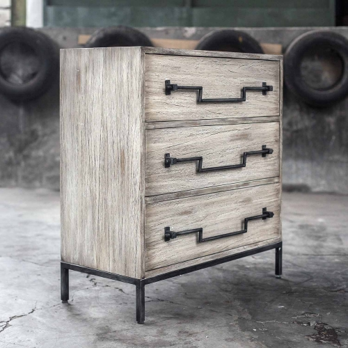 Jory Accent Chest - Aged Ivory